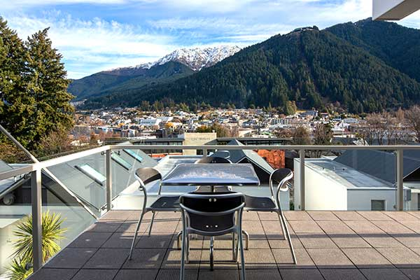 Two Bedroom Queenstown Apartment